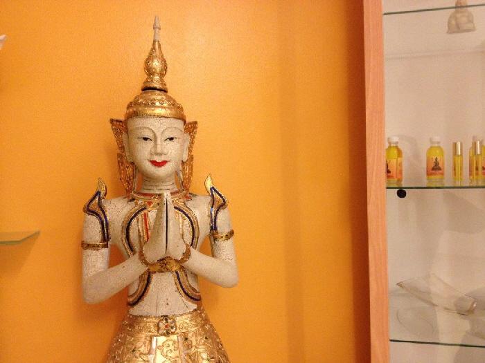 Massagepraxis-Muenchen---Buddha-Figur