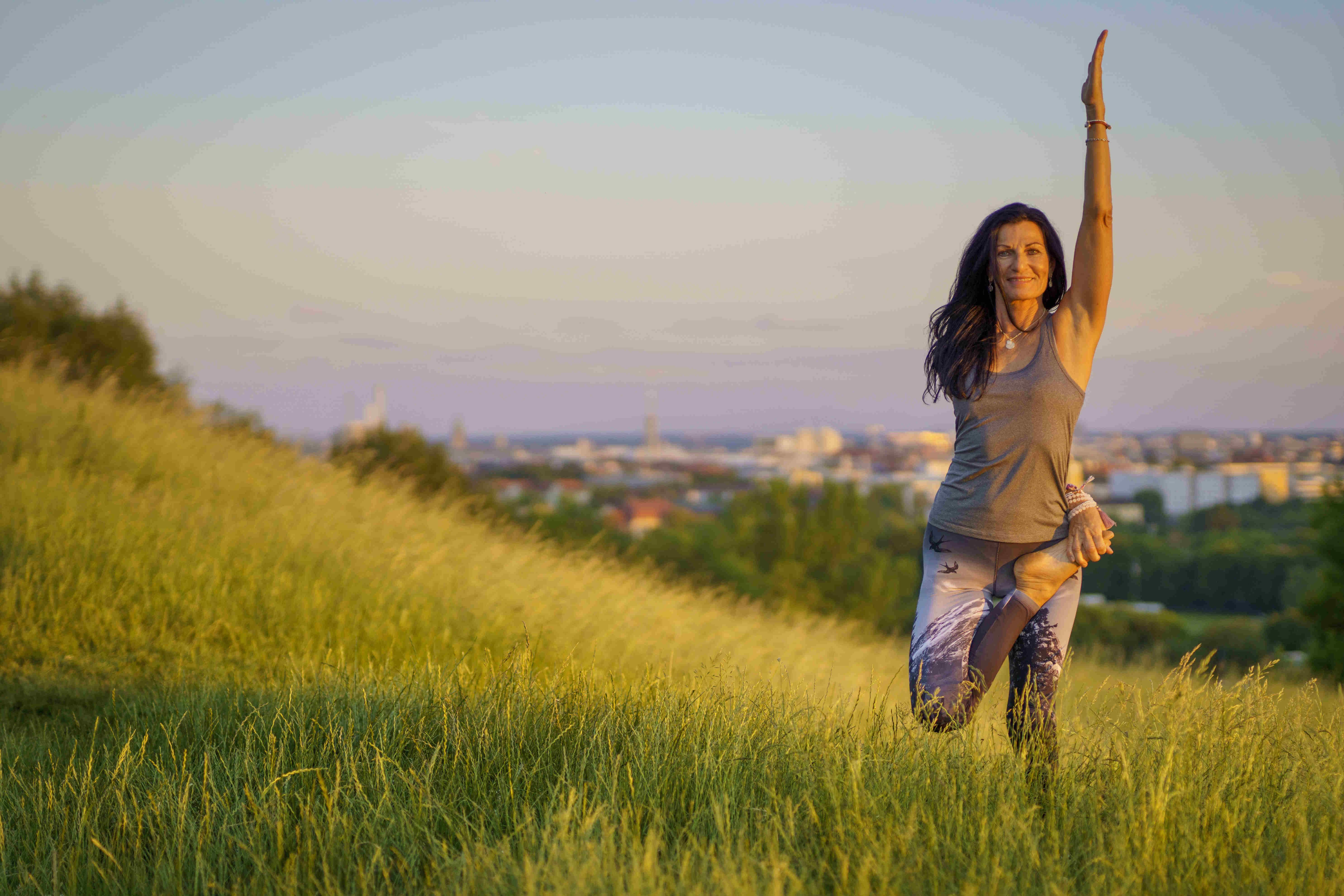 Fernsehturmfotos Yoga Asana 8